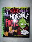 """""""The Bumper Book of Horrible Facts"""" av Anne Rooney"""