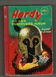 """""""Hardyguttene og den forsvunne hjelm"""" av Franklin W. Dixon"""